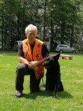 Darko Turk (vodja območne enote Gorenjska, inštruktor za delo reševalnih psov) in Ebon